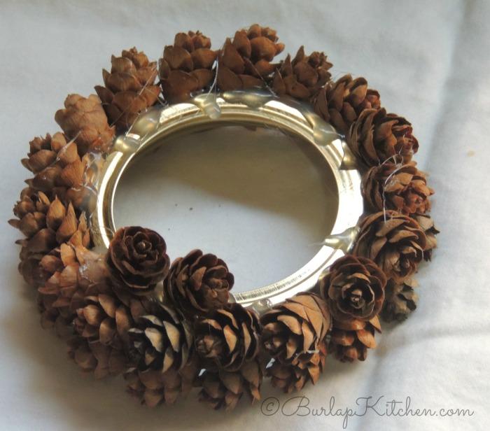 pine-cone-orbanments-2