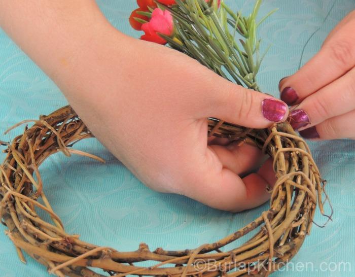 Bird seed wreath 2