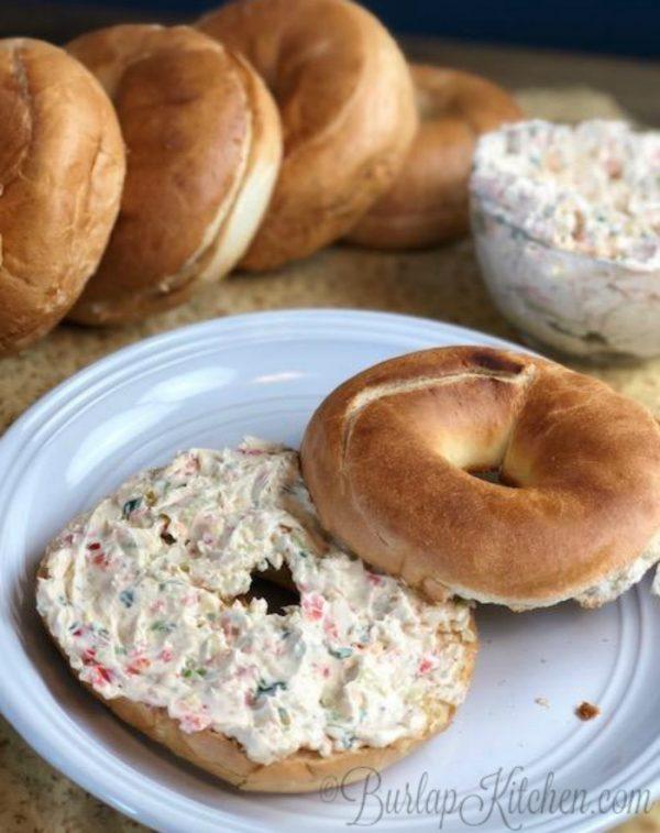 Cream Cheese, Garlic, & Veggie Bagel Spread