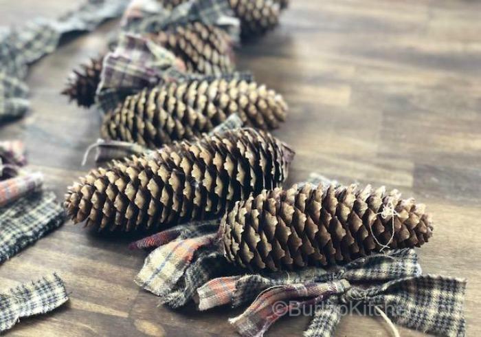 flanel pine cone garland 4