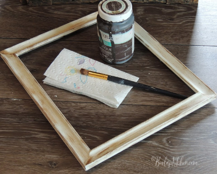 $1 Farmhouse Picture Frame