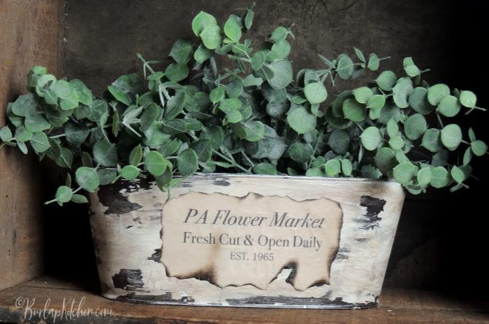 Dollar Tree Flower Tin Makeover